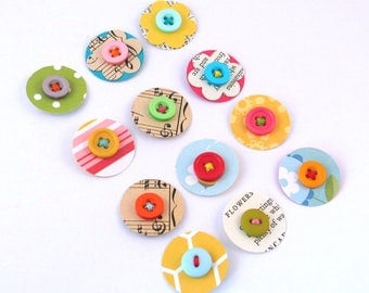 PAPER DOTS - Handmade Paper and Button Embellishment, Vintage Paper Flowers, Scrapbook Junk Journal Daily Planner Embellishments - Set of 12