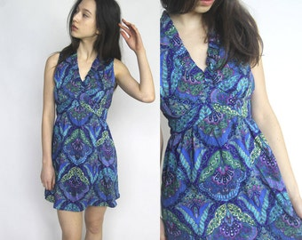 pretty in paisley -- vintage 60s paisley and floral mini dress S/M