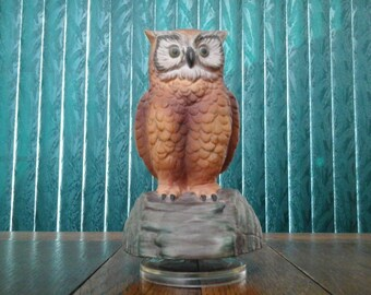 Owl Figurine Music Box Porcelain or Bisque Vintage 1960's
