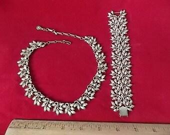 Vintage Coro Chunky Bracelet & Necklace Set Sparkly Golden Open Work