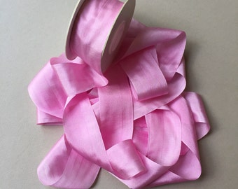 1 metre of 32mm silk ribbon (colour S022 solid pink)