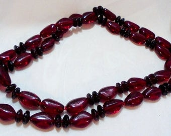 Vintage Red and Black Long Bead Necklace