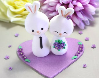 Wedding cake toppers Bunnies + base - bride and groom figurine rabbit personalized elegant rustic country purple white funny farm animal