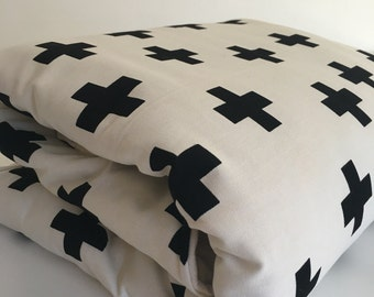Black Ctoss on White Round Play Mat // Padded Mat   // Playmat