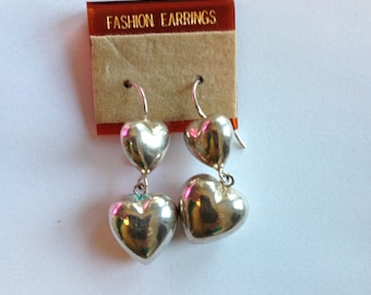 Gorgeous 80s heart earrings