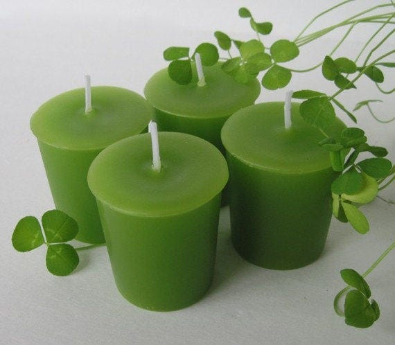 GREEN CLOVER & ALOE (4 votives or 4-oz soy jar candle)