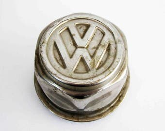 Vintage Volkswagen 1972 Baja Champion Superbeetle Wheel Center Cap by Lemmerz.