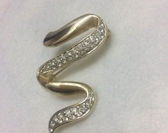 vintage Gold tone rhinestone swish brooch aaa28