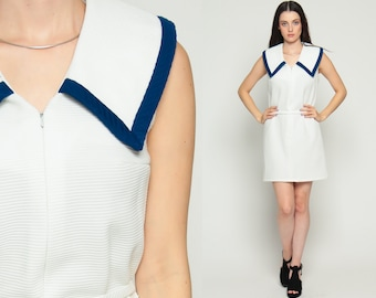 Mod Mini Dress White 60s Shift COLLAR Front Zip Up 1960s Hippie Vintage Sixties Twiggy Gogo Sleeveless Sailor Nautical Medium