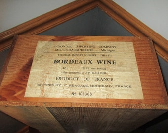 Original 1970's  Bordeaux Wine Crate Product  of  France, CHau Lynch Moussas  Pauillac Crate