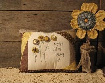 Country Primitive Stitchery Pillow, Yo-Yo Flowers, Quilt,