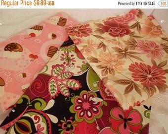 ON SALE 3 Piece Fabric Bundle-Floral Cupcake Assortment-Pink Mauve Floral-Confections Cupcake-DIY Sewing