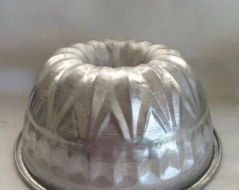 Large Bundt Cake Pan Etsy