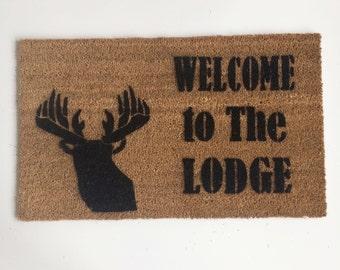 Lodge Deer head silhouette © doormat