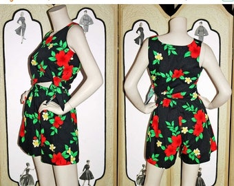 20% Off Vintage Hawaiian Play Set in Black and Red by Royal Creations. Small to Medium.