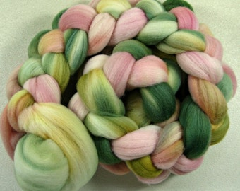 Sweetness 2 merino wool top for spinning and felting (3.9 ounces)