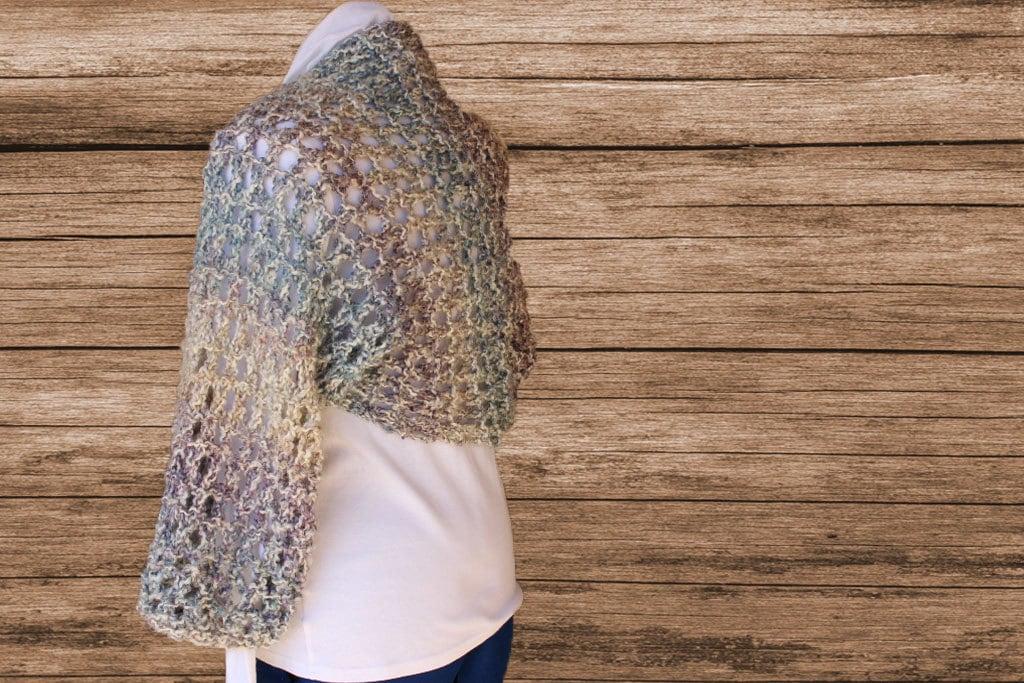 Homespun Yarn Knitting Patterns : Knitted Shrug Patterns, Big Lacy Knit Shrug, Pattern to Knit Using Homespun Y...