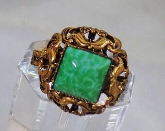 SALE Vintage Green Peking Glass Ring.  West Germany.  Antiqued Gold Tone Green Peking Glass Ring. Adjustable.