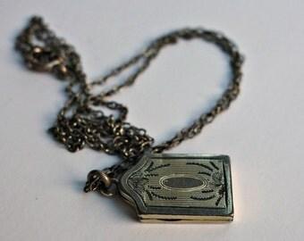 Antique Gold Filled Locket Necklace