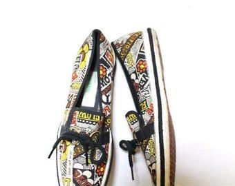 ON SALE Vintage Keds / 60s Lace Up Flats / 1960s Anti-War Vietnam Canvas Tennis Shoes / Size 6.5 6 1/2 7