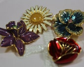 Vintage Joan Rivers Snap On Interchangeable Flower Brooch/Pendant Enamel Charms Flowers