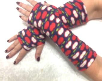 """Fingerless  fleece gloves""""Paradise apples"""""""
