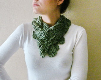 Knitted Cowl Scarf Green Knit Collar knit accessory  women fashion Winter accessories