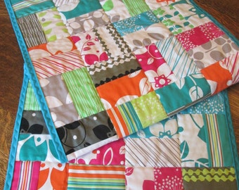 Contemporary Mod Floral Stripe Table Runner