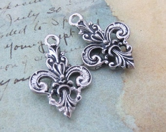 Fleur-de-lis charm - Antique silver - ornate - double sided - one pair - jewelry supplies