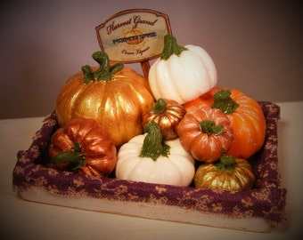 12th Scale Doll House Autumnal Display Of Pumpkins