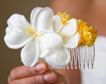 LuLu Flower Hair Comb