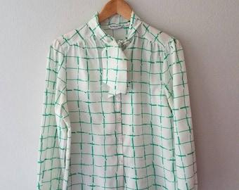 Vintage Green White ASCOT Blouse Top (s-m)