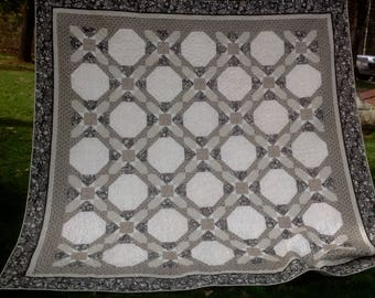 "Classy neutral queen/king quilt 104"" square"