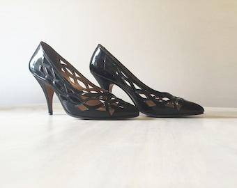 Vintage Stiletto heel, Stiletto shoes, vintage Stilettos, vintage shoes, vintage heels, black patent shoes, patent heels, patent leather