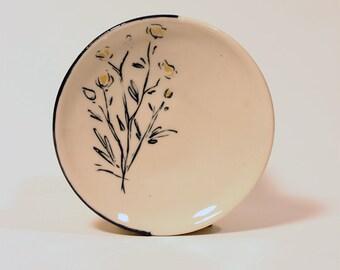 Buttercup Dessert plate