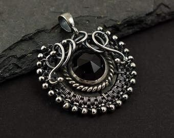 Wire wrapped pendant,black onyx jewelry, silver jewelry, round gemstone jewelry, everyday jewelry