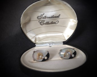 Resin Encased Oyster Pearl Cufflinks  – 1960s International Collection