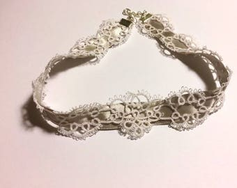 Bridal Lace Ribbon Choker, White and Grey, White and Silver, Tatted, Wedding Jewellery, Wedding Jewelry, Wedding Fashion, Wedding Necklace
