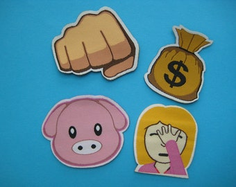 SALE~ Set 4 pcs Iron-on Patch Emoji 2 inch