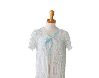 60% off sale // Vintage 60s Blue Daisy Lace Robe - Women Small Medium - Pale Pastel Blue Flowers