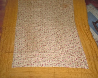 Vintage 1930s Floral fabric quilt blanket in need of TLC