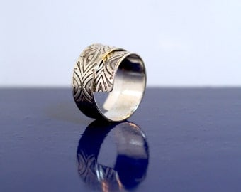 Sterling silver etched repeat wrap adjustable ring - handmade