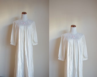 Vintage Nightogown, Ivory Nightgown, Lace Nightgown, Long Maxi, 80s 90s Sleepwear, Juli of Slumbertogs, Mesh Embroidered Nightgown, Large XL