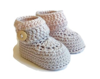 Brown Crochet Baby Booties Merino Wool Newborn Crib Shoes Baby Slippers Knitted Baby Booties Gender Neutral Baby Gift Warm and Woolly Etsy