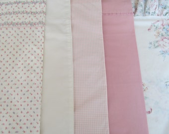 5 Vintage Assorted Pillowcases Assorment Floral All Different Pink Designs Flowers Lot Pale Pinks