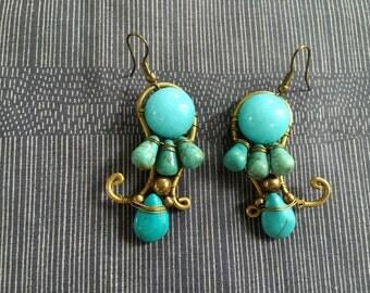 Shining blue charcedony & turquoise on brass earring