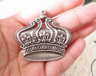 Royal Crown Aligator Clip-aged brass-birthday-medieval-shabby chic-steampunk-mythology V015