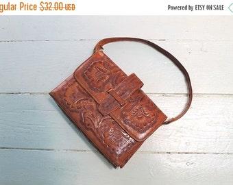 SHOP SALE vintage 1960s tooled leather handbag -  FLOR mexican leather purse