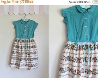 SHOP SALE vintage 1950s girl's dress - PIXELATED Floral turquoise party dress / 6X