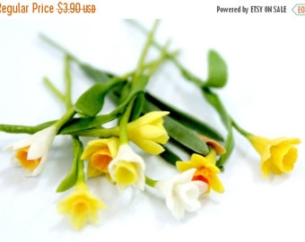 Miniature Polymer Clay Flowers Daffodil with Leaves, dollhouse scale, 6 stems